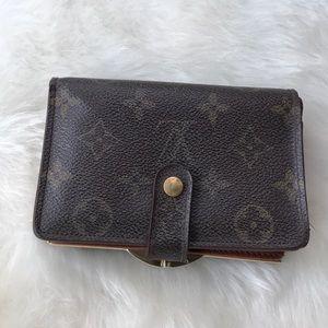 Louis Vuitton Monogram Bifold Wallet Vinta…